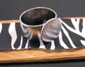 Adjustable Antique Silver Ring from Nunn Design - 13mm Base