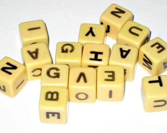15 Vintage  (1966) Spill and Spell Letter Dice Cubes for Altered Art