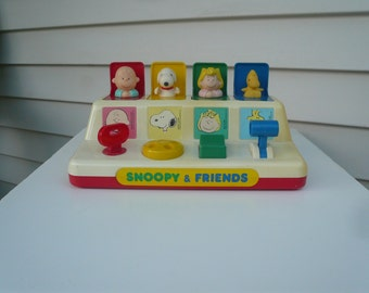 Vintage Peanuts Snoopy Charlie Brown Lucy PoP Up Game Collectible Cartoon Characters