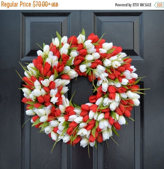 SPRING WREATH SALE Spring Wreath- Tulip Spring Wreath- Valentine's Day Wreath- Red and White Valentine Decor