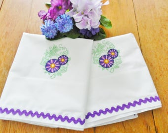 Purple Floral Pillowcases, Machine Embroidery, Never Used Pillowcases, Nos Pillowcases, Percale White Pillowcases, Vintage Pillowcases