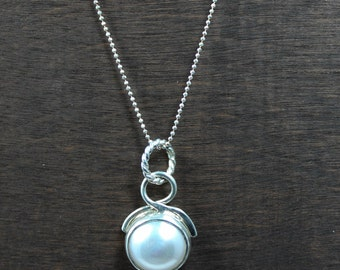 Mabe Pearl Round Necklace, Mabe Pearl Orb Necklace, Mabe Pearl Artistic Pendant