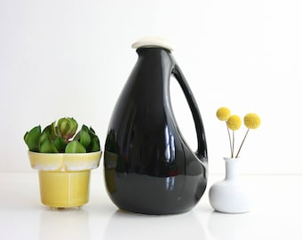 Mid Century Modern Black Bird Pitcher / Kenwood Shawnee Pitcher / Mid Century Shawnee Carafe / Art Pottery Pitcher / Art Deco Pitcher