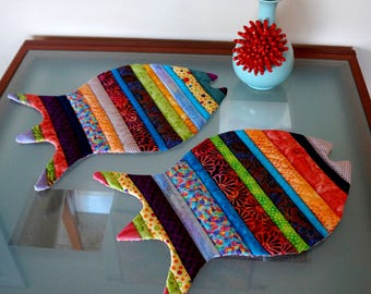 Fish Placemats Reversable  Fiesta Hot Colors Orange Yellow Green Red Set of Two