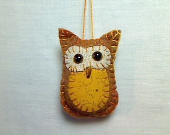 Miniature Brown Felt Owl Ornament | Handmade Gift | Holidays | Owl Decoration | Fall decor | Bird Ornament | Tree Ornament |  Folk Art | #10