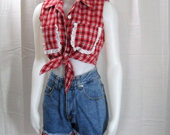 2 Pc Vintage Jean Shorts Set, Blue Denim Ruffled Shorts & Crop Top Blouse Red Plaid, 70s 80s New Age Megaphysical, Rockabilly Pin Up Bust 34