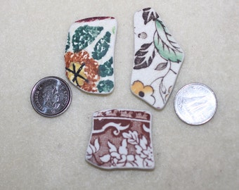 COLORFUL POTTERY TRIO Awesome collection of three Pendent size pottery shards  zy306