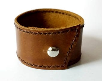 Leather Cuff in Tan Leather Bracelet Leather Bangle with Metal Silver Tone Button