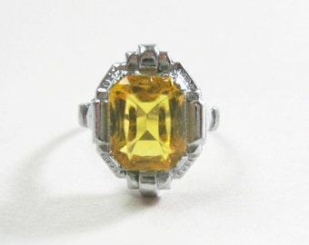 Vintage Art Deco Ring - Uncas - Citrine Color Glass - Silver Tone - 1930s