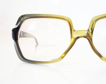 Vintage Mens 1960s Square Glasses Mens Green Citron Yellow Mod Mid Century Eyeglasses Eyewear Retro Mad Men Chic Guys Homme 60s Sixties