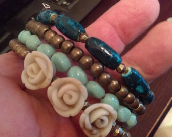 Roses and Turquise and gold beads, Memory Wire Bracelet, Made in USA