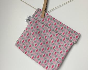 Reusable eco friendly washable Sandwich Bag - lt./dk. pink ovals on grey