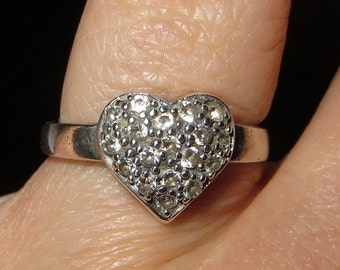 CZ Heart Shaped Sterling Silver Band Ring Size 8