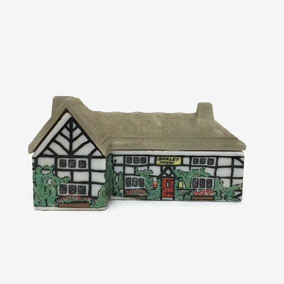 Wade Whimsey-on-Why Barley Mow Miniature Village Building - 1980