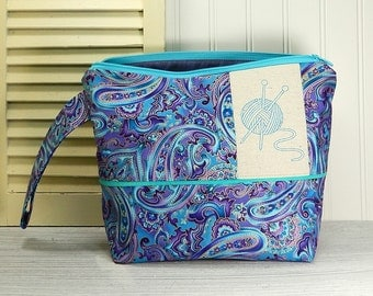 Paisley knitting bag, zipper pouch, small crochet project bag, knitters gift, knitting zipper pouch, knitting bag, gift for knitter