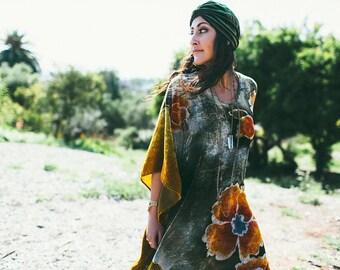 Gypsy Eyes LADY of the CANYON Boho Maxi Velvet Floral CAFTAN