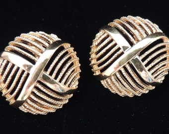 NAPIER Gold Earrings / Vintage Napier Gold Earrings / Clip Earrings / Napier Jewelry / Signed Earrings / Wedding Earrings / Wedding Jewelry