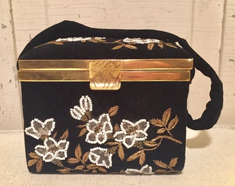 1940's vintage velvet beaded embroirded box purse