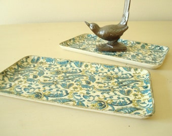 Vintage snack trays, turquoise blue and gold paisley, 2 small plates for bar, dresser, vanity or bath, Florentine style pattern