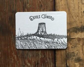 WY-501 Devils Tower Wyoming skyscraper postcard coaster