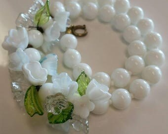 Vintage White Milk Glass Floral Necklace