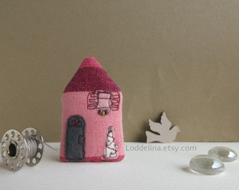 Tiny HOUSE brooch. pink and purple with grey door and white christmas tree