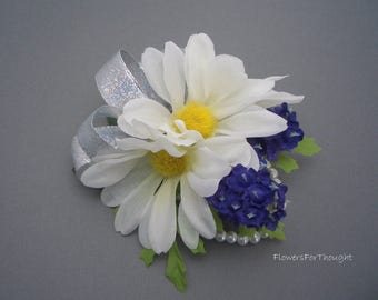 White Daisy Corsage with Dark Purple Lavender, Wedding Flowers, Prom, Homecoming, Special Occasion
