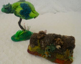 Tree for play mat, magic forest, tree for play scape, add a tree, waldorf, play school, nursery school, spring autumn trees, needle felted