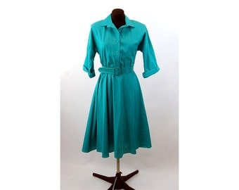 1970s shirtdress American Shirt Dress green cuffed sleeves full circle skirt with pockets  Size 8 Medium