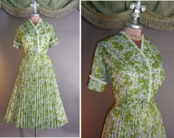 50s dress 1950s vintage GREEN FEATHER TREES floral pleated nylon full skirt day party dress