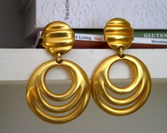 Vintage 1980's Modernist Avant Garde Gold Earrings / Clara Studio Inc. / 80's Satin Finish Gold Door Knocker Earrings / Statement Earrings