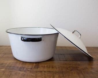 Vintage Black and White Enamel Pot, Pot with Lid, Black and White Enamelware