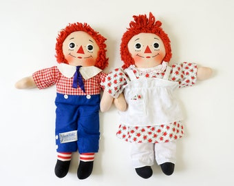 "Vintage 1960s Knickerbocker 16"" Raggedy Andy and Wind Up Music Raggedy Ann Dolls VGC / I Love You Heart Retro Nostalgic Toy Collectible"