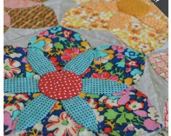 Daisy Doo Templates set JKD 5354 by Jen Kingwell for Pattern in Quilt Lovely