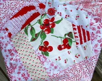 Cherries White Red Tote Bag Handmade Quilted Doodaba Vintage Wilendur Tablecloth Chenille Handbag