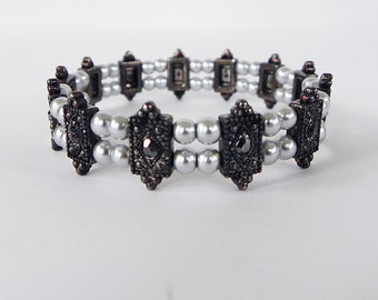Bracelet Gothic Victorian Style Stretch Bracelet in Antique Silver with Silver Glass Pearls