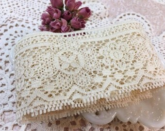 Floral Ivory Lace Trim Ribbon- 2 yards (9)