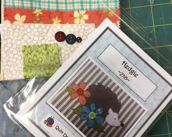 Hedgie applique Tea Towel Kit with Pattern