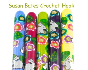 Crochet Hook, Polymer Clay Covered Susan Bates Crochet Hook, Fun Design, Crochet Hook Sizes B-N, Happy Bunnies