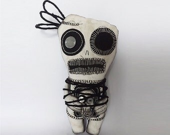 Voodoo Art Goth Gothic Creepy Art Doll Textile Scary Creepy