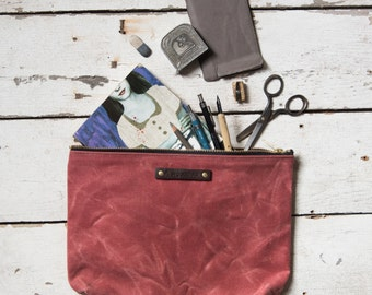Large Waxed Canvas Pouch in Radish, make up bag, waxed canvas clutch, cosmetic storage, make-up bag, waxed canvas bag, Zipper Pouch, Zip