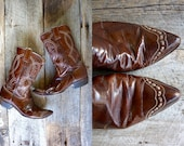Justin Cowboy Booties Sz 8.5 wom   //   Western Boots Size 39  //  TRUE WHISKEY
