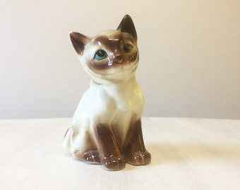 Vintage Siamese cat, cat figurine, vintage cat, vintage figurine, 1950s cat, cat ornament, cat statue, cat figure, china cat, ceramic cat