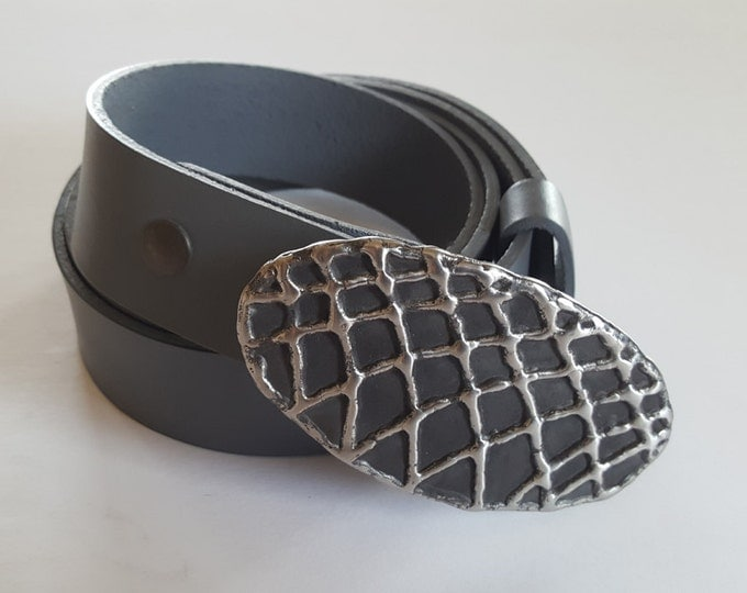 """Belt & Buckle SET Hypoallergenic Basketball Net Hand Forged Fish Net Buckle w/ Hand Dyed 1.5"""" Grey Leather Snap Belt ~ 6 Belt Colours Avail."""