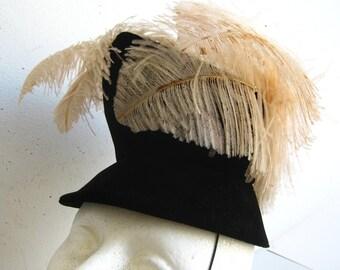 Vintage 40s Black Velvet Henri Bendel Avant Garde Tilt Hat Chapeau