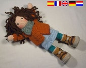 Crochet pattern for doll MONJA (Deutsch, English, Français, Español, Nederlands)