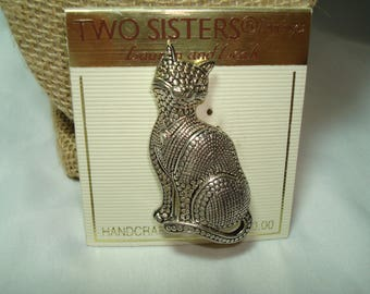 Vintage Two Sisters Silver Tone Heavy Cat Kitty Cat Pin.