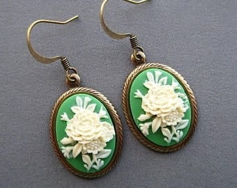 Cameo Earrings - Victorian Earrings - Flower Jewelry - Victorian Jewelry - Flower Earrings - Green Earrings - Romantic Jewelry - Spring