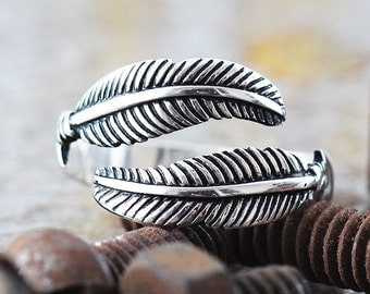 14k White Gold Ring Feather Ring Mens and Womens Jewelry
