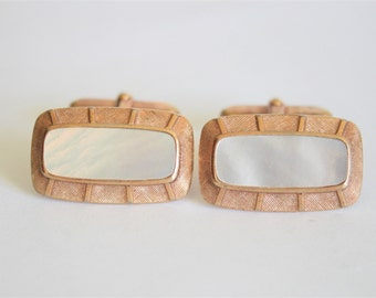 Vintage mother of pearl cufflinks.  Goldplated cuff links